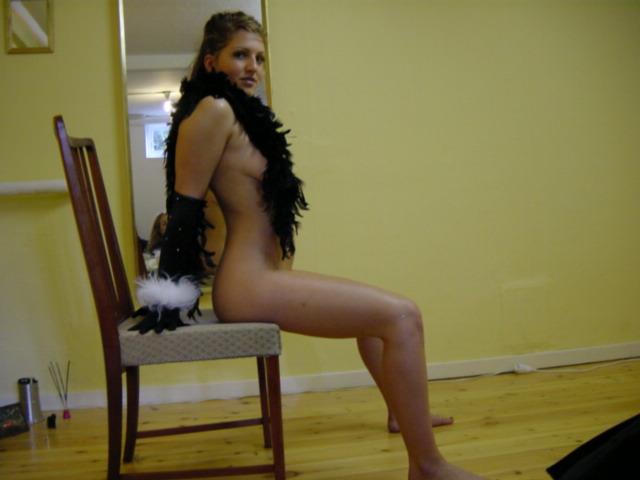 grosse salope lesbienne recherche mec ou couple pour de la baise vraiment chaude sur paris et france entiere