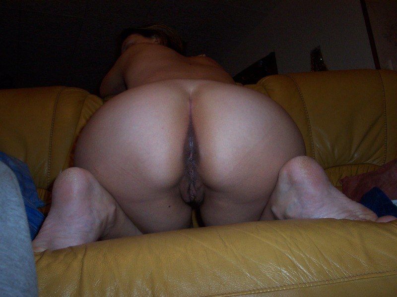 Femme exhibe son cul sur le blog de sexe