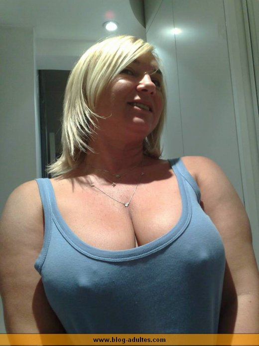 belle blonde mature