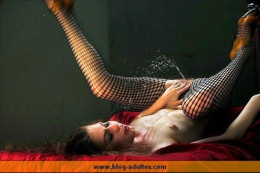 Ejaculation féminine sur le vif
