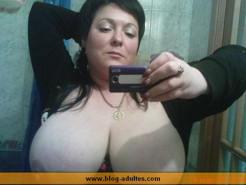 Alost, femme grosse poitrine cherche bel homme